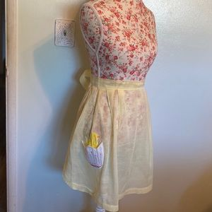 Vintage soft yellow chicky apron